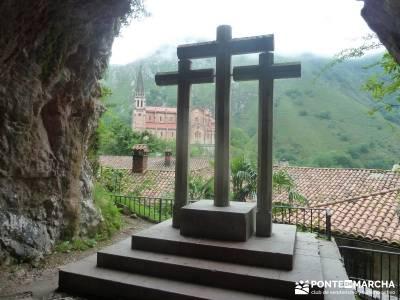 Descenso Sella;Lagos Covadonga-Picos Europa; grupo senderista los arribes del duero